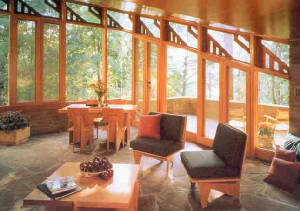 Frank Lloyd  Wright cottage in Wisconsin woods